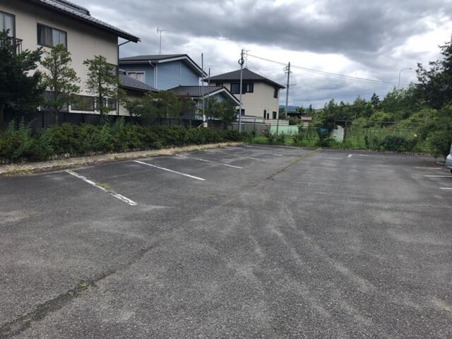 レストランはなや 駐車場