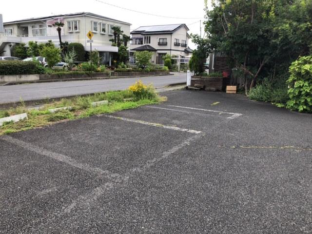 トラットリア花花 駐車場