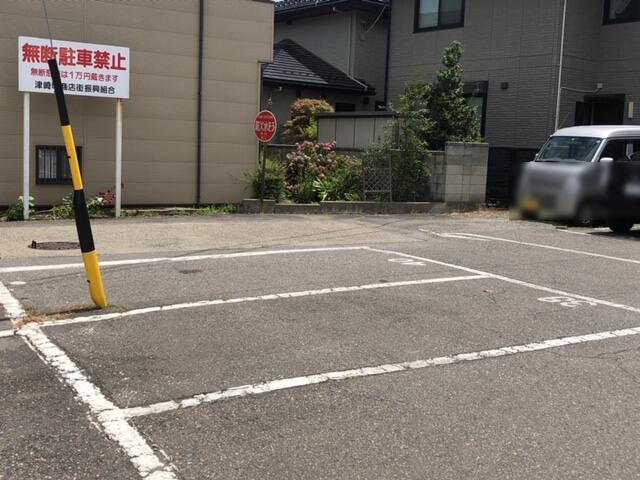 石川亭 駐車場