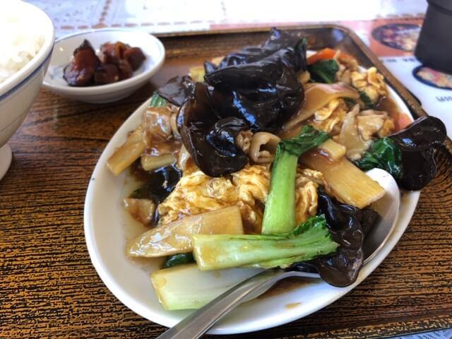 豚肉とキクラゲ卵炒め定食