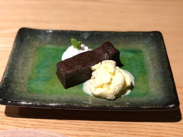 ふき味噌香るチョコケーキ