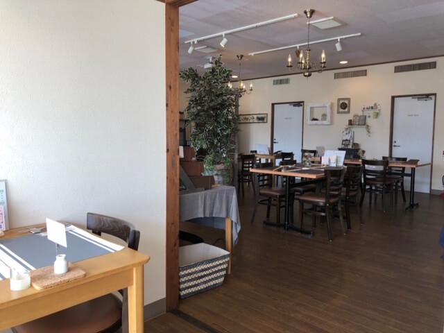 KENzo cafe&bar 店内
