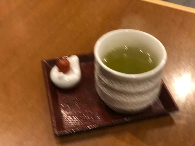 サービスお茶
