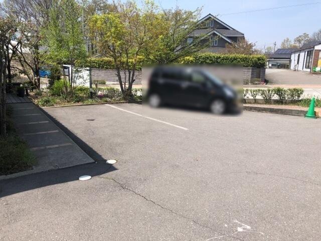 開花亭 駐車場