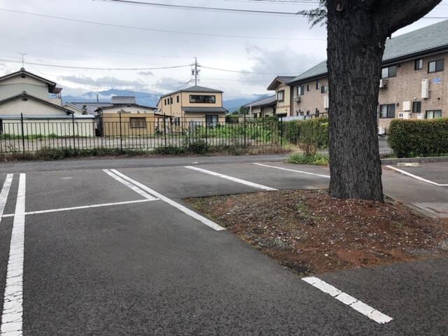 紅日香(べにこう)駐車場