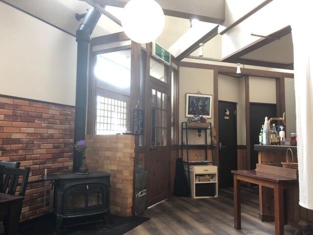 Cafe ミクニヤ 店内