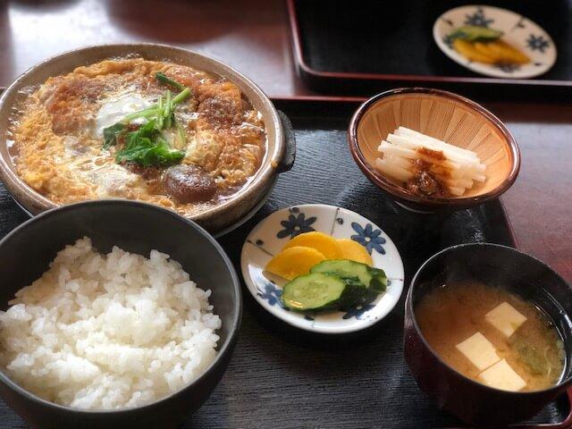 陶板煮かつ定食