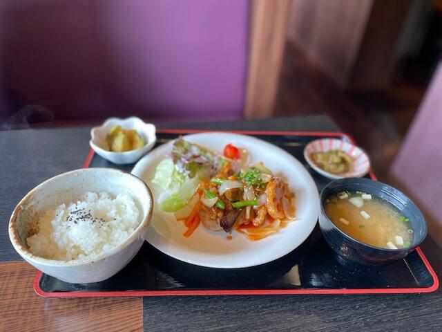 鶏竜田の彩り酢どりランチ